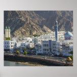 Omán, Muscat, Mutrah. Edificios a lo largo de Mutr Poster