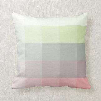 Ombre ajusta la almohada en el cumplido izquierdo cojín decorativo
