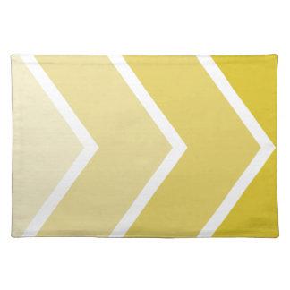 Ombré amarillo Chevron raya el modelo Manteles