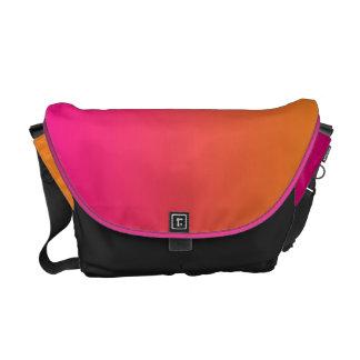 Ombre rosado y anaranjado bolsa de mensajería