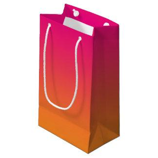 Ombre rosado y anaranjado bolsa de regalo pequeña