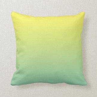 """""""Ombre verde y amarillo"""" Cojín Decorativo"""
