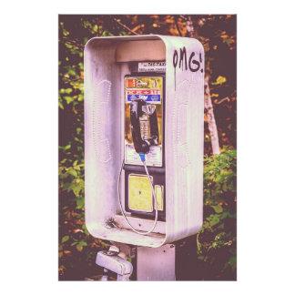 OMG! A Pay Phone Photograph