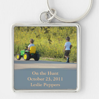 On the Hunt by Leslie Peppers Keychain
