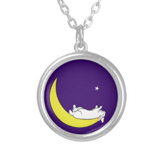 ON THE MOON ROUND PENDANT NECKLACE