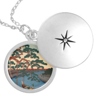 Onagigawa Gohonmatsu Locket Necklace