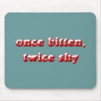 once piden twice shy tapete de ratones
