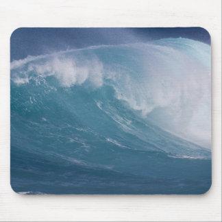 Onda azul que se estrella, Maui, Hawaii, los E.E.U Tapete De Ratones