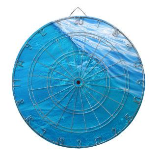 Onda de agua azul fresca tabla dardos