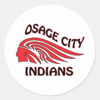 Onda de los indios de la ciudad de Osage Pegatina Redonda