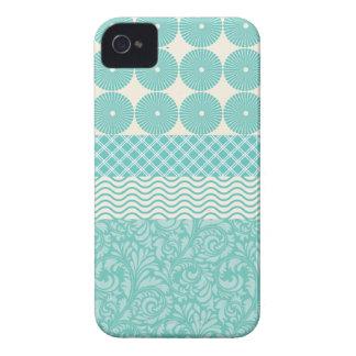 Onda floral de la tela escocesa del trullo de los  Case-Mate iPhone 4 protector