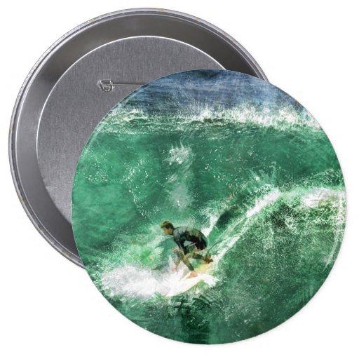 Onda grande que practica surf pins