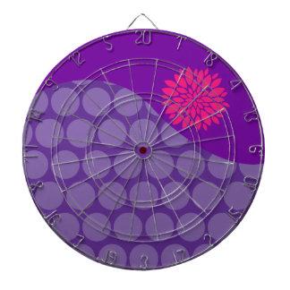 Onda púrpura bonita de los lunares con la flor ros tablero de dardos