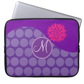 Onda púrpura bonita de los lunares con la flor ros fundas computadoras