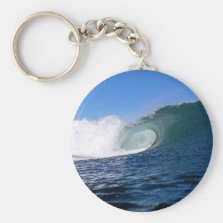 Onda que practica surf Chile del océano azul Llavero Personalizado