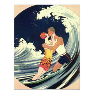 Onda romántica de la playa del beso del amor del invitacion personalizada