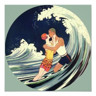 Onda romántica de la playa del beso del amor del anuncio