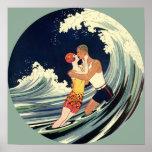 Onda romántica de la playa del beso del amor del poster