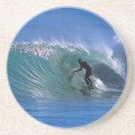 Onda verde perfecta que practica surf posavaso para bebida