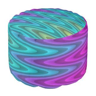 Ondas abstractas del zigzag del modelo coloreadas puf redondo
