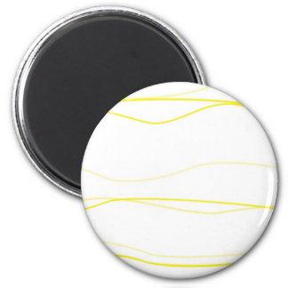 Ondas amarillas y del blanco imán redondo 5 cm