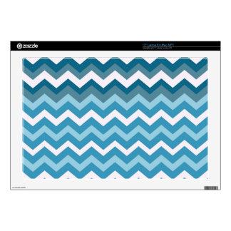 Ondas de los zigzags del azul de Chevron Calcomanía Para Portátil