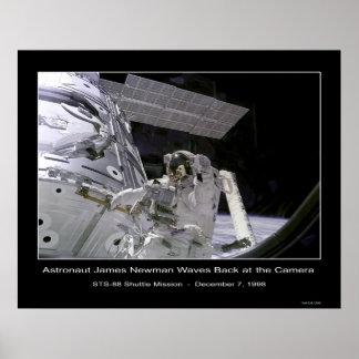 Ondas de Newman del astronauta de la NASA detrás e Póster