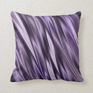 Ondas del negro de la lila almohada