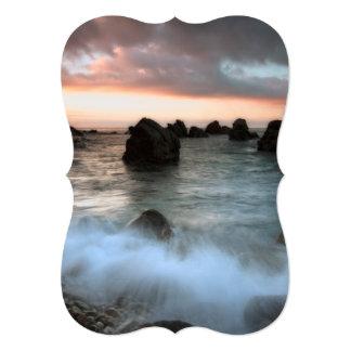 Ondas en la playa de la puesta del sol, Cataluña, Anuncios