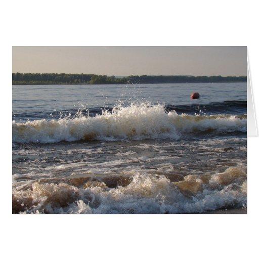 Ondas en la playa tarjeta de felicitación