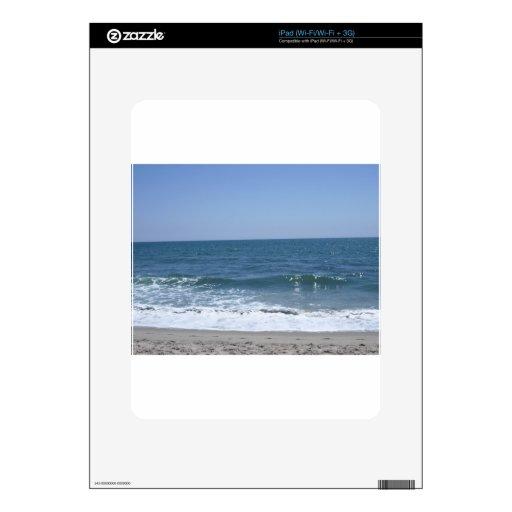 Ondas hermosas de la playa de Santa Mónica Calcomanía Para El iPad