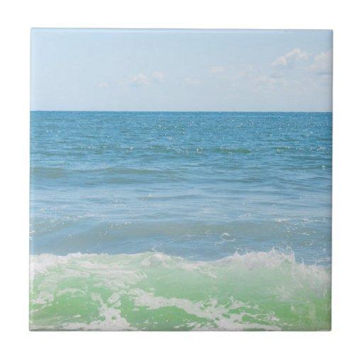 Ondas pacíficas azules del mar verde azulejo ceramica