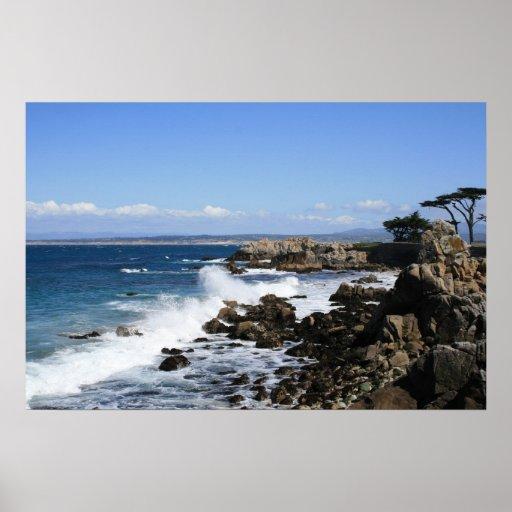 Ondas que se estrellan, foto de la bahía de Monter Póster