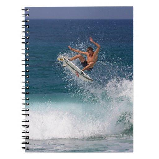 Ondas tropicales aéreas que practican surf libro de apuntes con espiral
