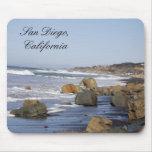 Ondas y rocas, San Diego, California Alfombrillas De Raton
