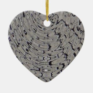 ondulación de la grieta del fango adorno navideño de cerámica en forma de corazón