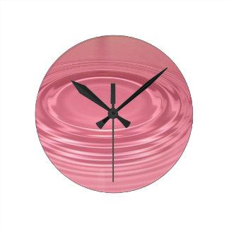 Ondulación rosada relojes de pared