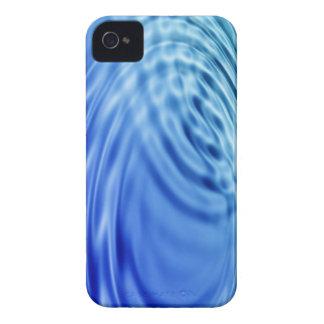 Ondulaciones apacibles del agua azul Case-Mate iPhone 4 funda