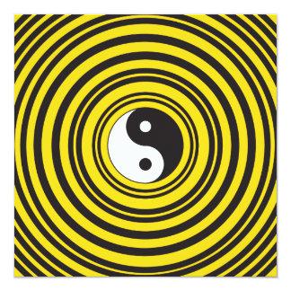 Ondulaciones del negro del amarillo del símbolo de invitación 13,3 cm x 13,3cm