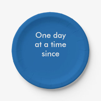 One day at a time party plate