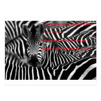 ONE DOES NOT CHANGE the STRIPES D ZEBRE.png Postcard