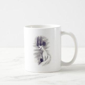 One eyed queen coffee mug