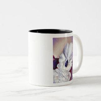 Onni the umbrella cockatoo portrait Two-Tone coffee mug