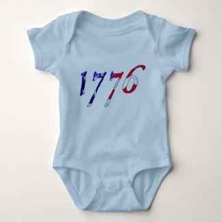 Onsie del bebé de 1776 estrellas y de las rayas playera