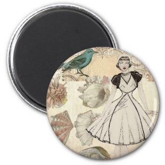 Oohlala fashionista seashell Vintage Paris 2 Inch Round Magnet
