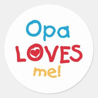 Opa me ama las camisetas y los regalos pegatina redonda