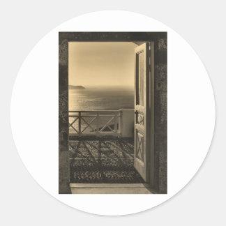 Open door-Retro Classic Round Sticker