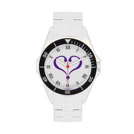 Open heart in purple for Valentine's Day love Reloj