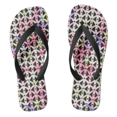 Open weave look pink mauve green black stylish flip flops