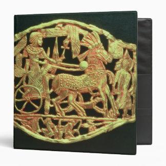 Openwork plaque or buckle binder
